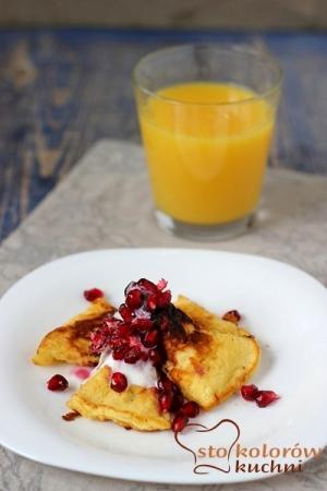 Omlet pomarańczowy z granatem
