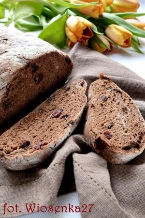 Chleb czekoladowy z żurawiną