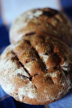 Chleb z czekoladą i rodzynkami