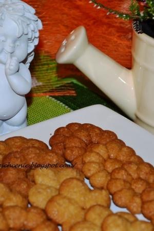 Wyciskane ciasteczka kawowe- kruche ciasteczka z maszynki