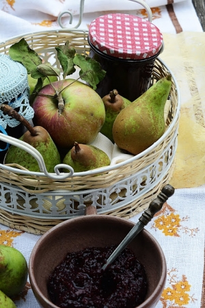 Chatney do mięsiwa z aronią, jabłkiem, gruszką i brandy