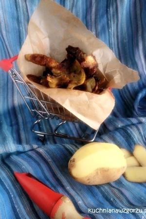 Chipsy z obierek z ziemniaków .. pyszne !