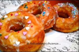 Donaty - amerykańskie doughnuts - pączki z dziurką