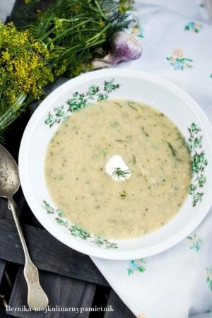 Zupa krem z młodej kapusty